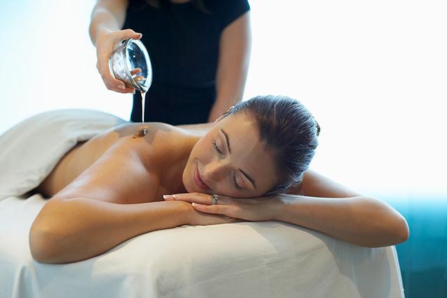 masaje-aceites esenciales-aromaterapia-almeria