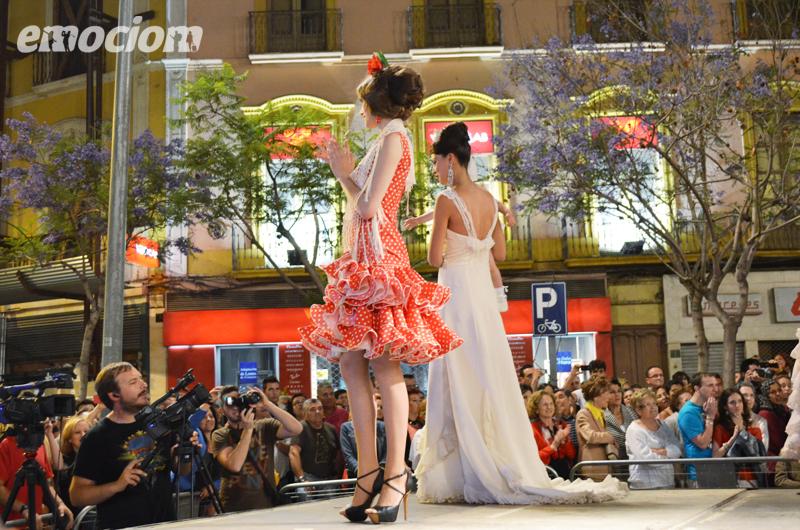 desfile la noche en blanco en almeria