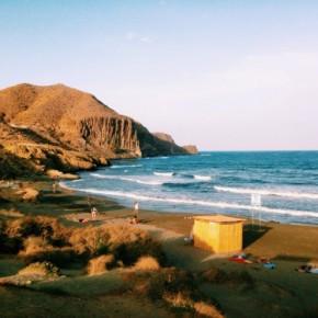 Razones por las que veranear todo el año en Almería
